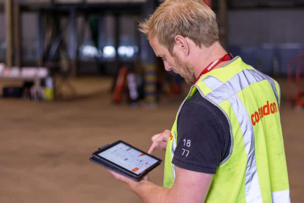 engineer using ipad mainblades application