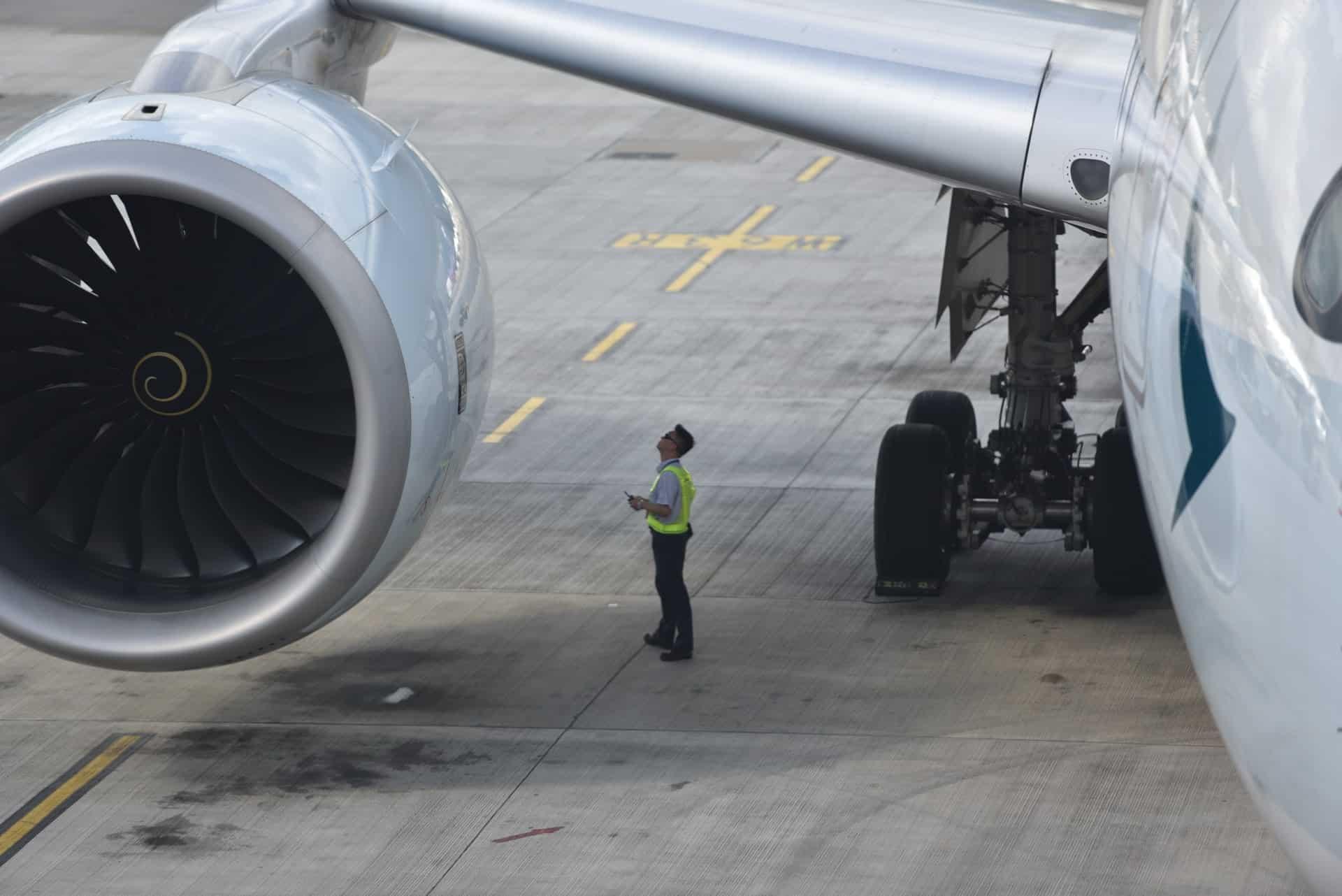 manual aircraft visual inspection