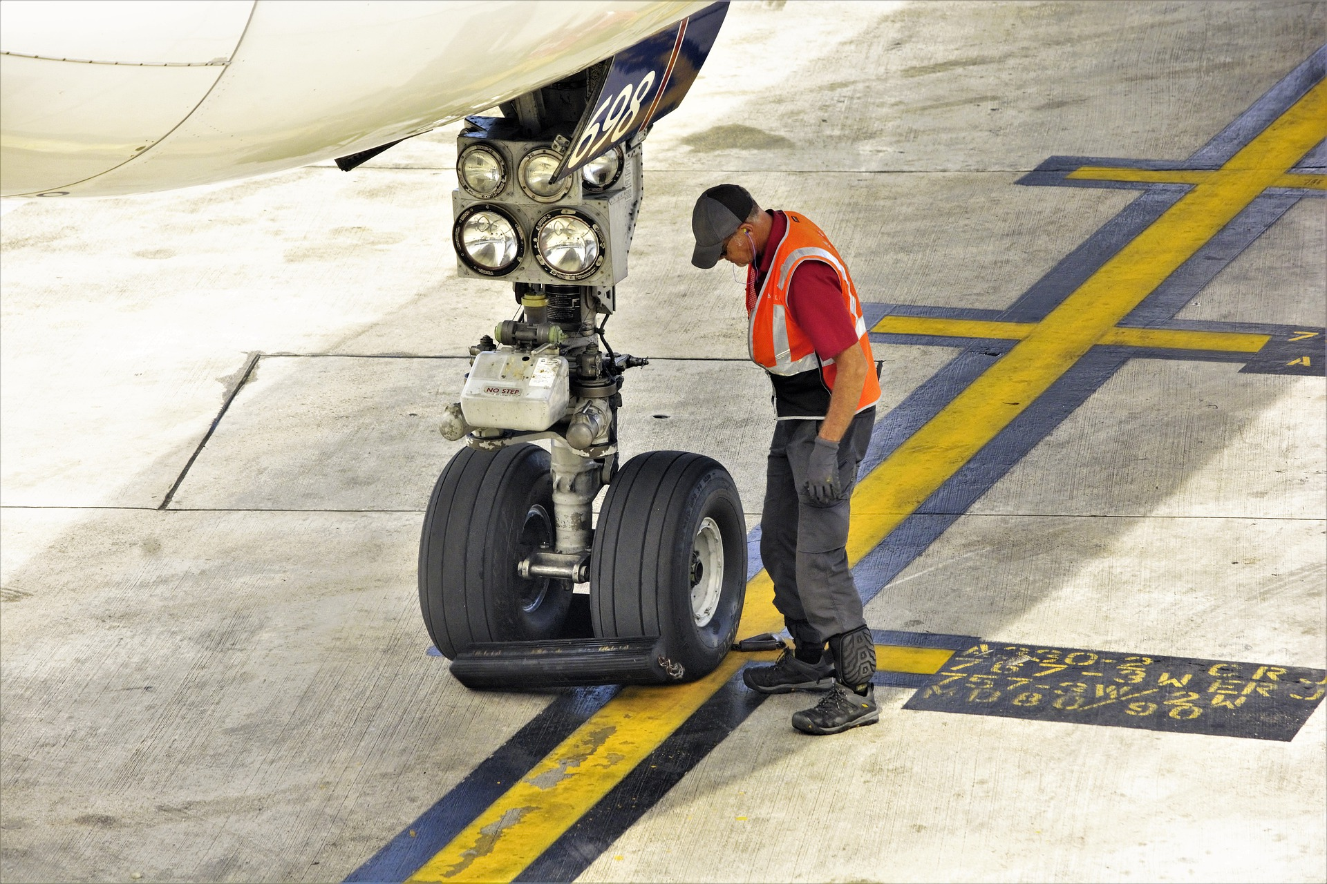 aircraft engineer return to service